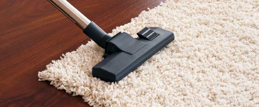 How to clean the floors when the holidays are over